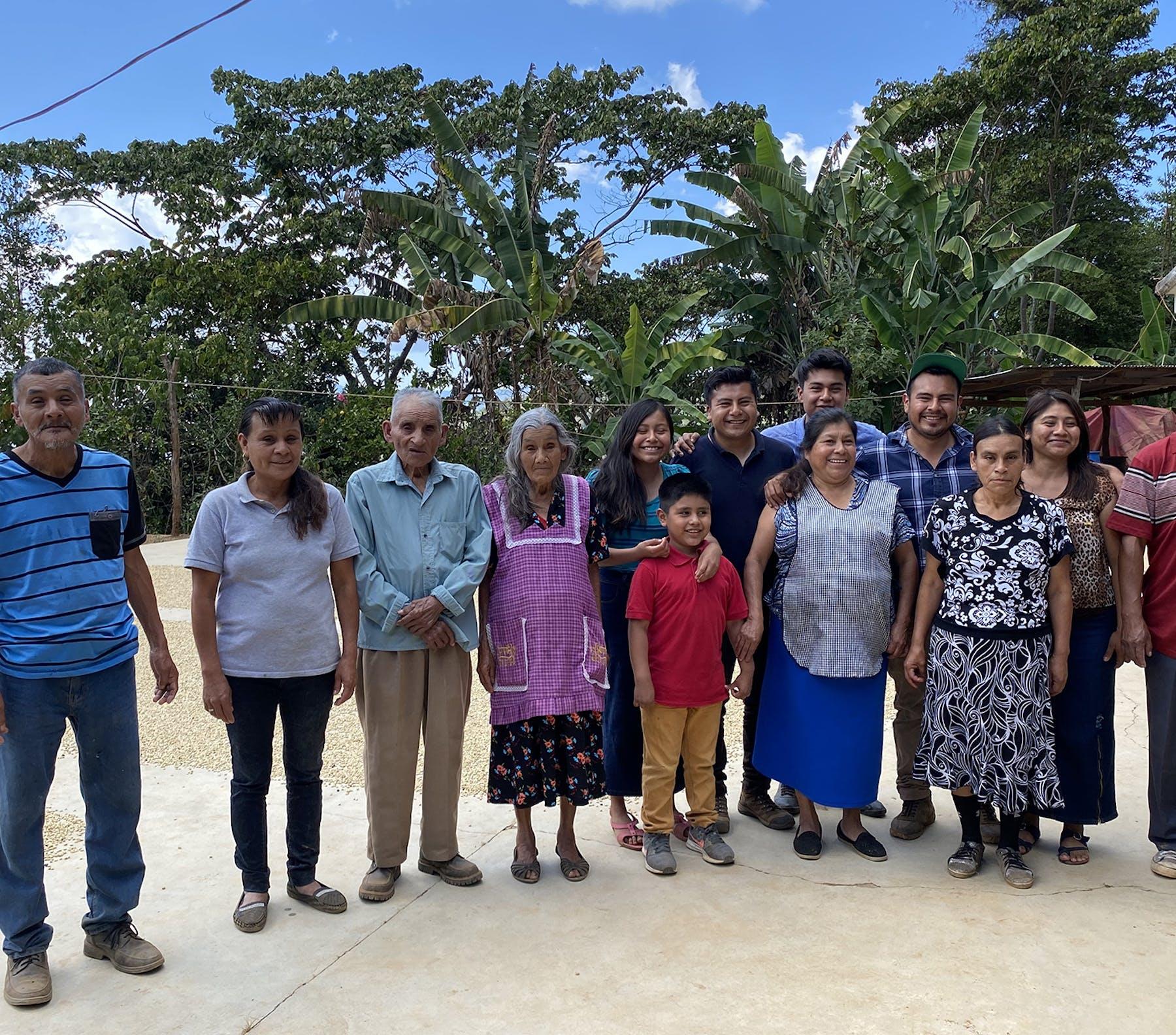 2. Family Casimiro Garcia López crop web